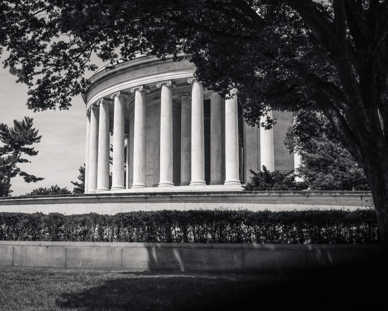 Jefferson Memorial black and white
