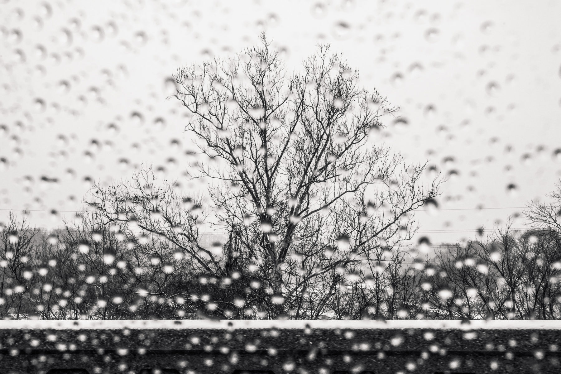 rain and snow out the car window in Virginia