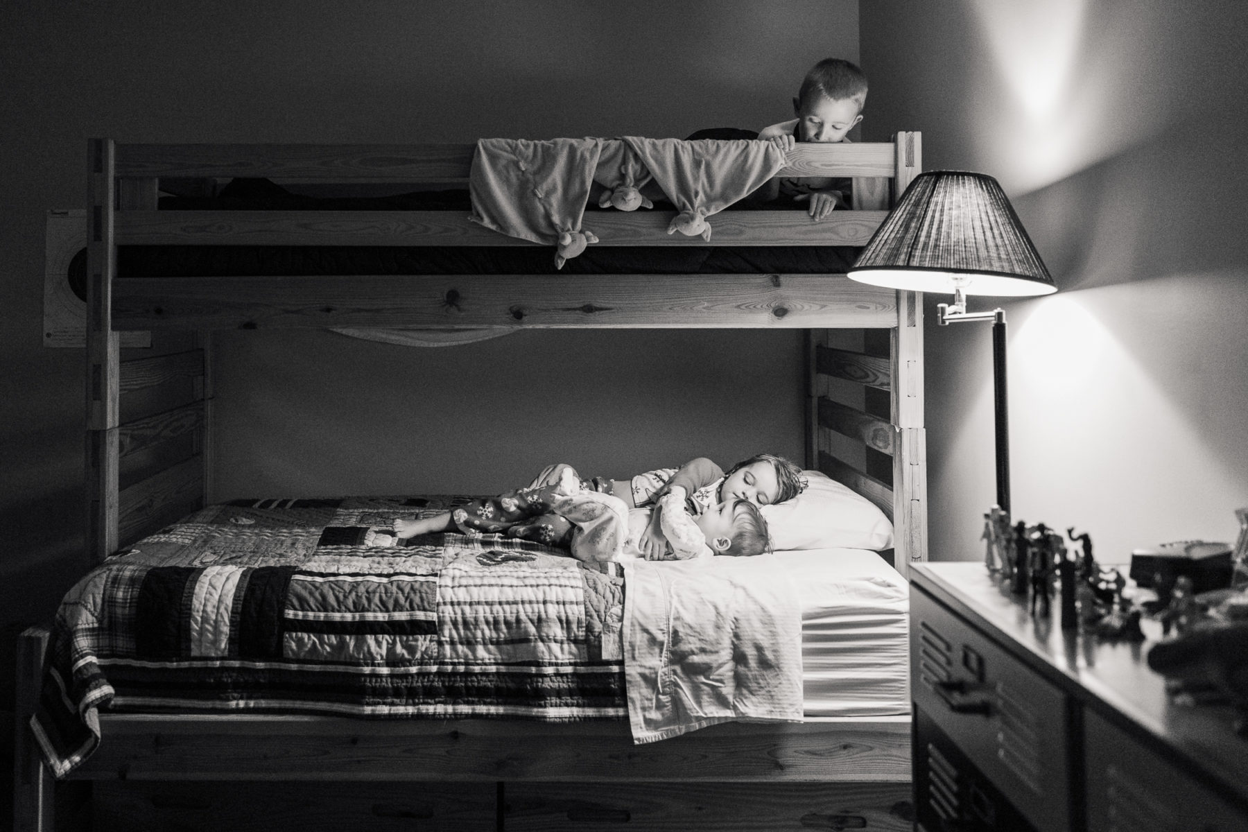 Brother hosts sister and baby in bunk beds for sleepover